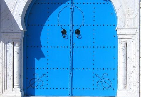 רכישת דלתות