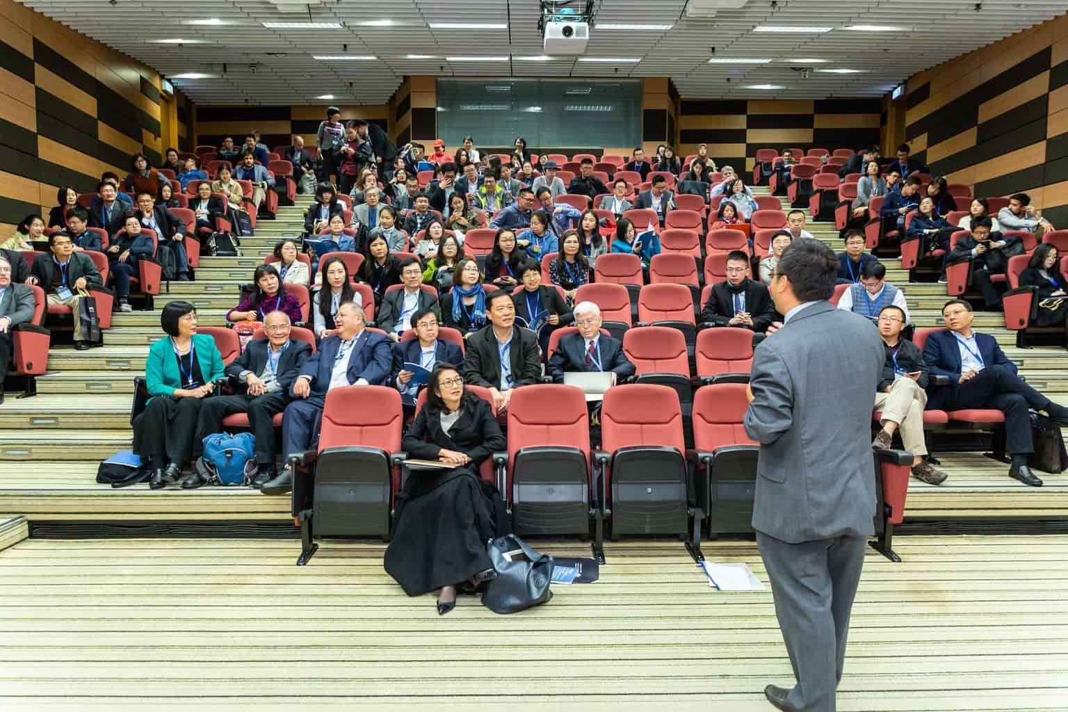 הרצאות בנושא כלכלה