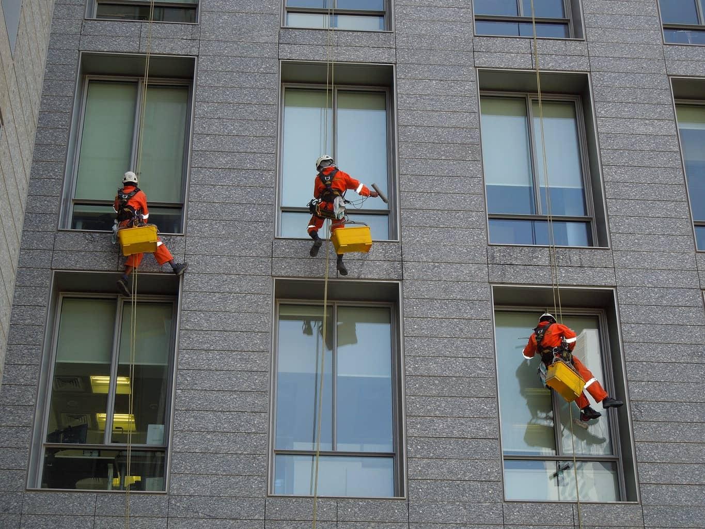 ניקוי חלונות מקצועי
