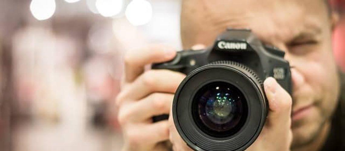 מה טווחי המחירים של צלם חתונות? ומה זה כולל?